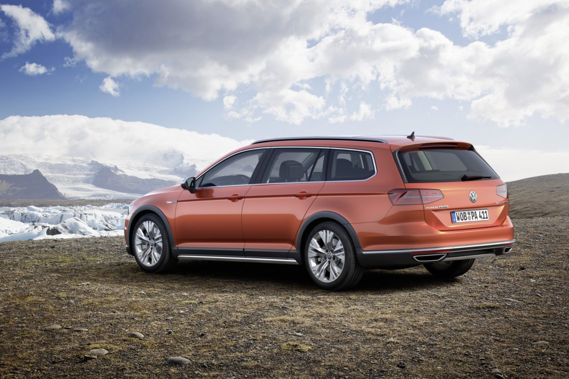 vw passat alltrack immer mit allrad. Black Bedroom Furniture Sets. Home Design Ideas