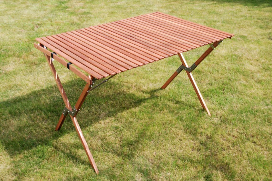 4x4schweiz marktplatz camping tisch aus holz. Black Bedroom Furniture Sets. Home Design Ideas