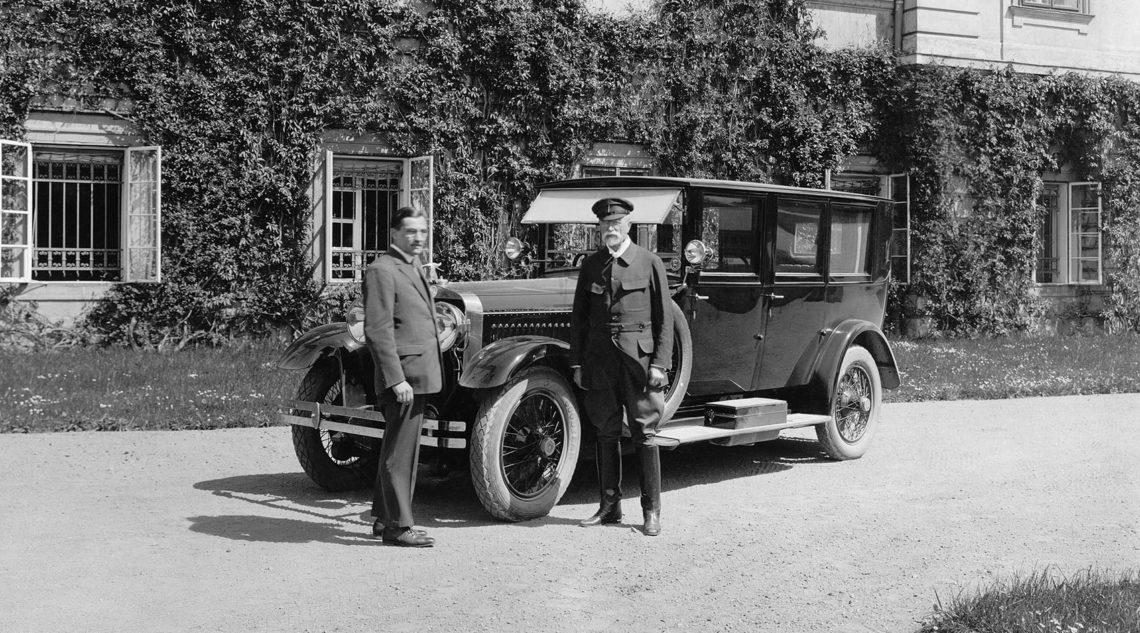 Die-koda-Geschichte-Teil-2-die-Zwischenkriegsjahre-mit-koda-Glamour-und-Expeditionen